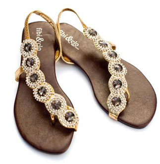 18d21ca758c08 Want a Pair of Fibi   Clo Sandals  Get Your Hands on a Pair Monday ...