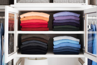 closet_shirts_colors