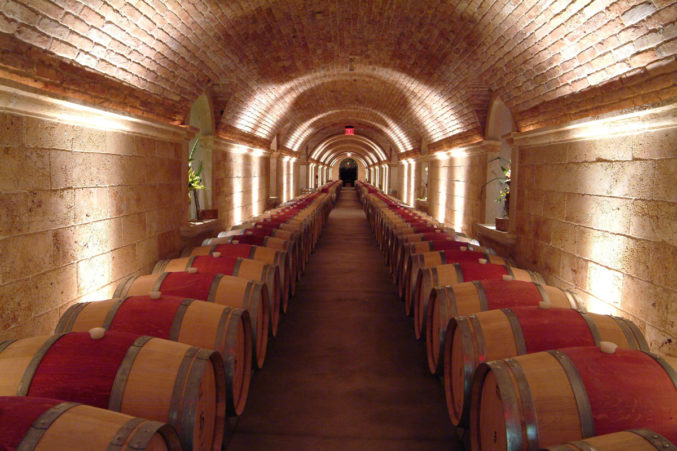 hall_wine_Rutherford_Cave