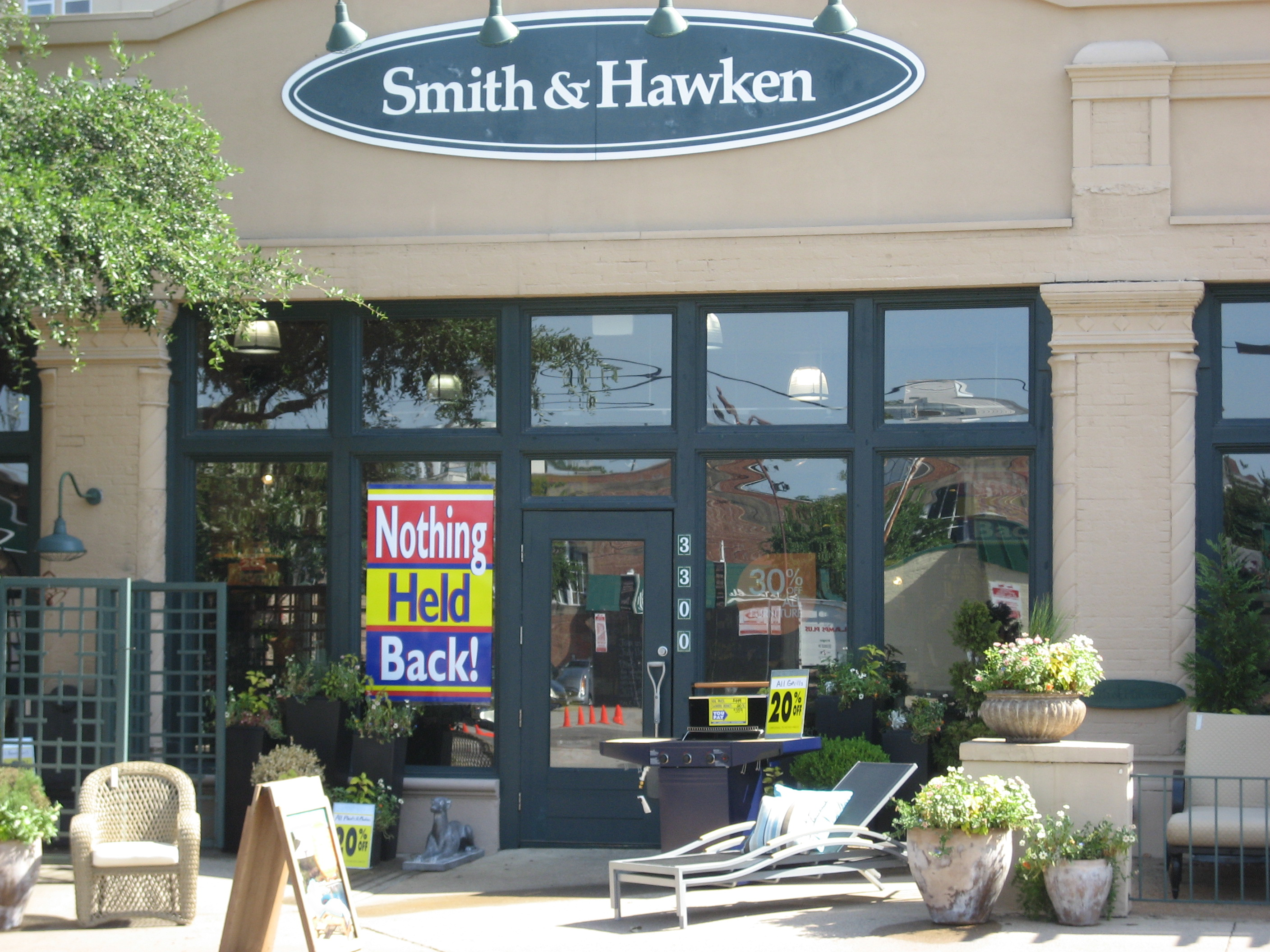 Smith & Hawken Going Belly Up - D Magazine