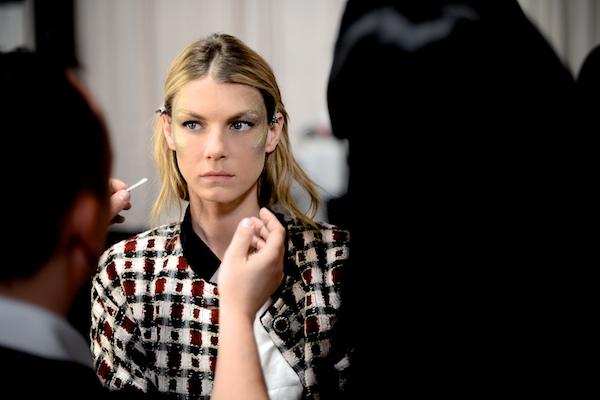 Chanel Dallas Metiers 2014 Karl Lagerfeld Angela Lindvall 738