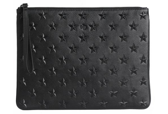 Ela Editor's star pouch in black (photo courtesy of Ela)
