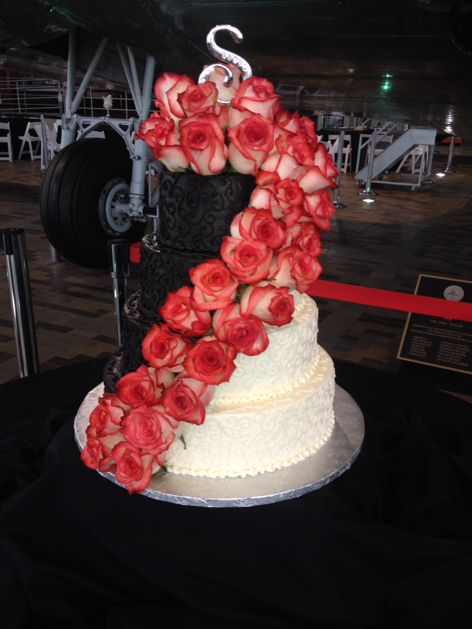 Cascading Roses Wedding Cake By Celebrity Bakery Could Save Your Marriage