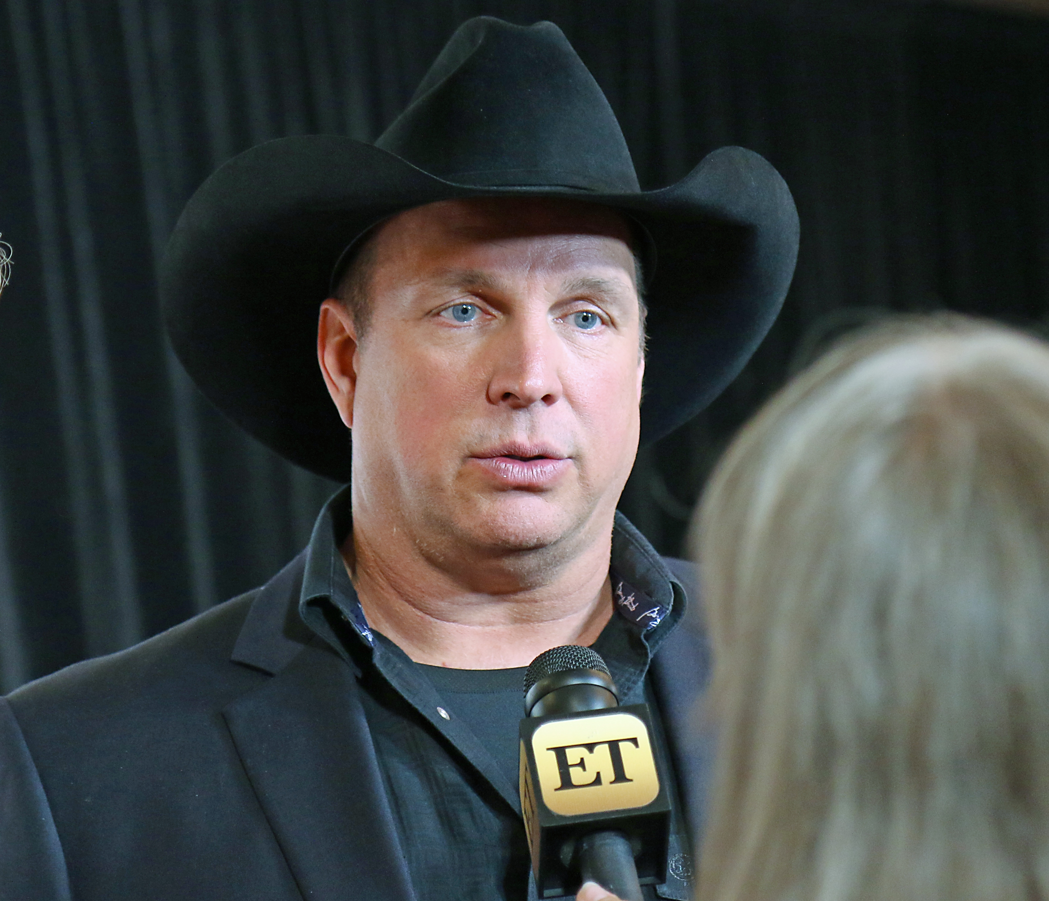 Garth Brooks, Just Being Himself, Stars at ACM Fundraising ...