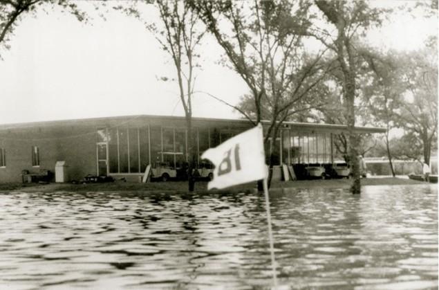 The 1957 flood at Riverlake