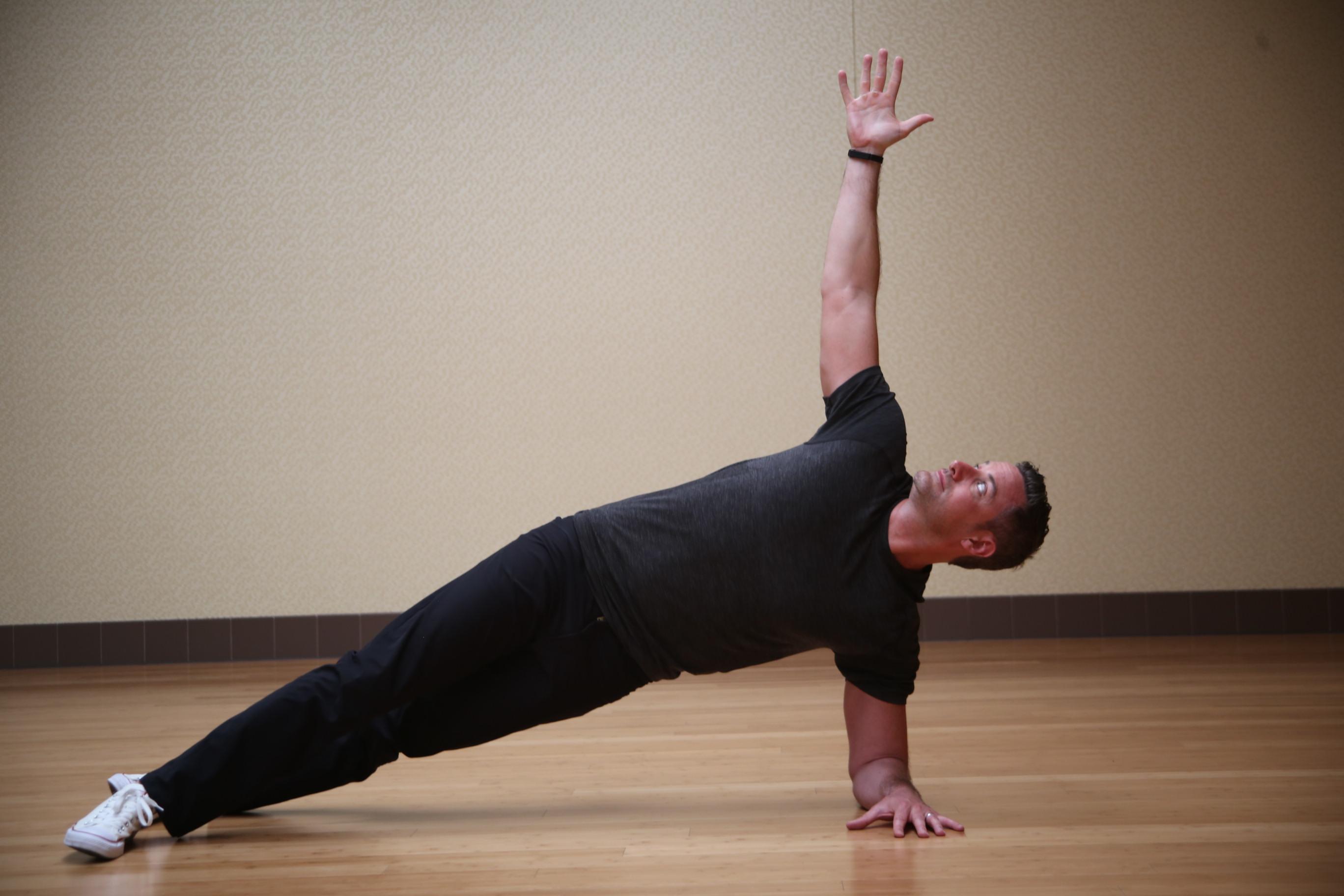 Workout of the Week_Week 3_Trunk Core_side plank