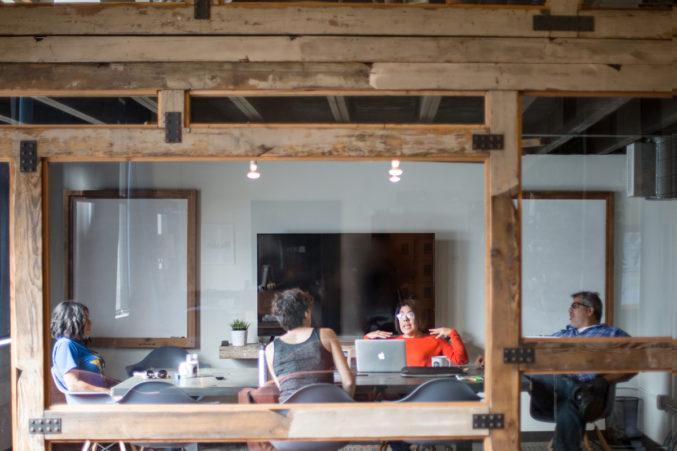 p-freelance-Common-Desk-134