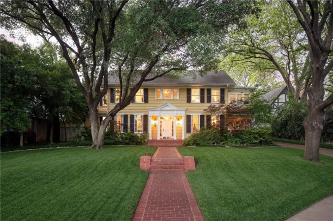 4 Pretty Yellow Houses You Can In Dallas Now