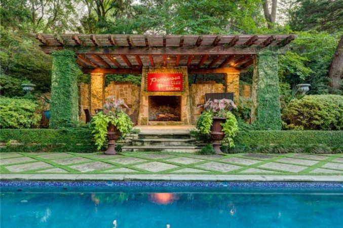 4 Dallas Homes With Killer Pools You Can Buy Now