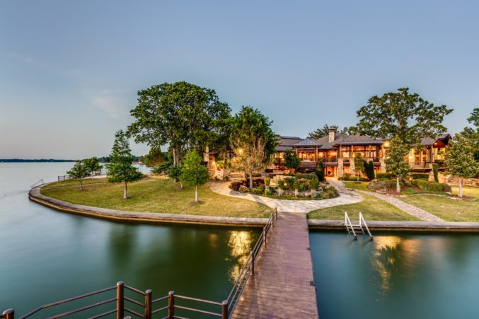 Incredible The Crown Jewel Of Cedar Creek Lake Is Calling You Home Complete Home Design Collection Barbaintelli Responsecom