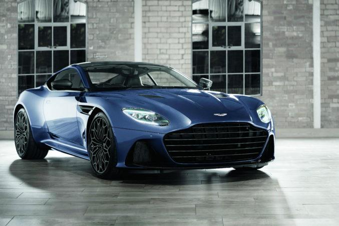 Aston-Martin1