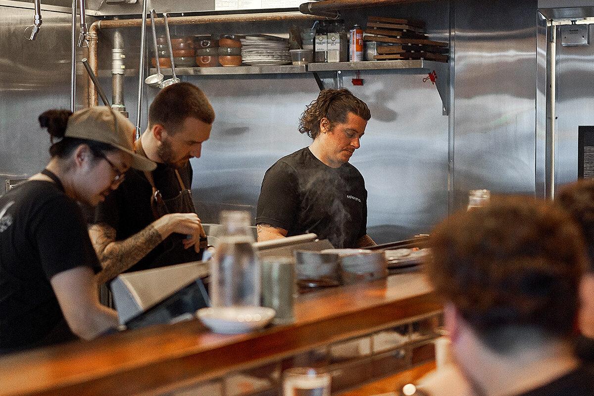 Salaryman cooking team