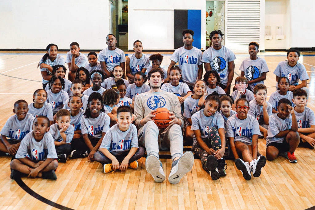 Boban Marjanovic with the Boys & Girls Club of Mesquite
