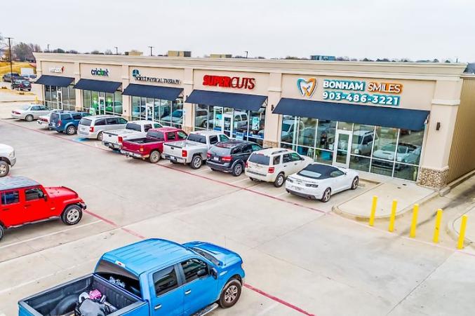 Bonham Retail Center