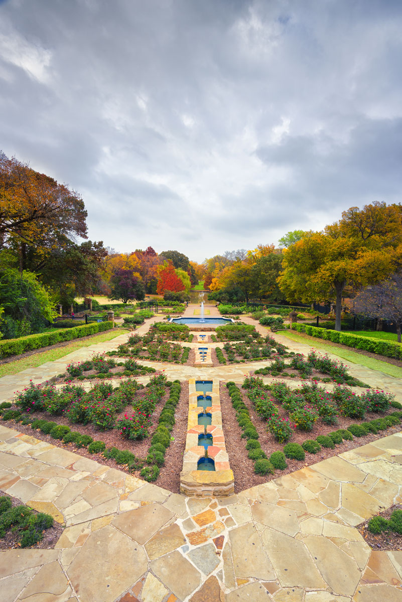 Fort worth day trip cultural district west 7th d magazine - American gardens west 7th fort worth ...